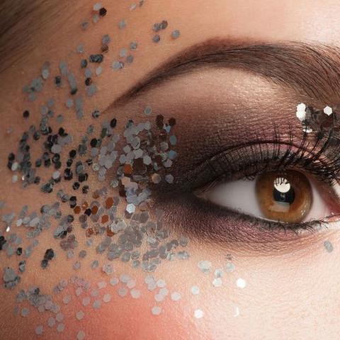 Glitzer Fur Die Augen Von Dm Beauty Make Up Schminken