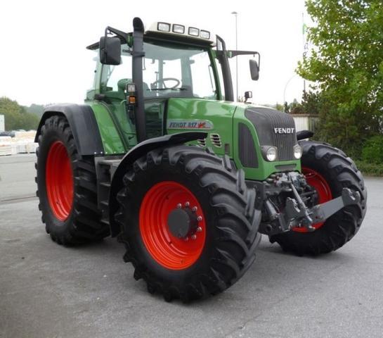 Traktor - (Führerschein, KFZ, Landwirtschaft)