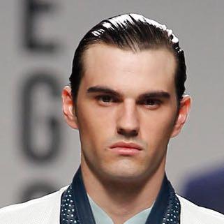 Gutes Haarmittel Um Die Haare Nach Hinten Zu Machen Frisur