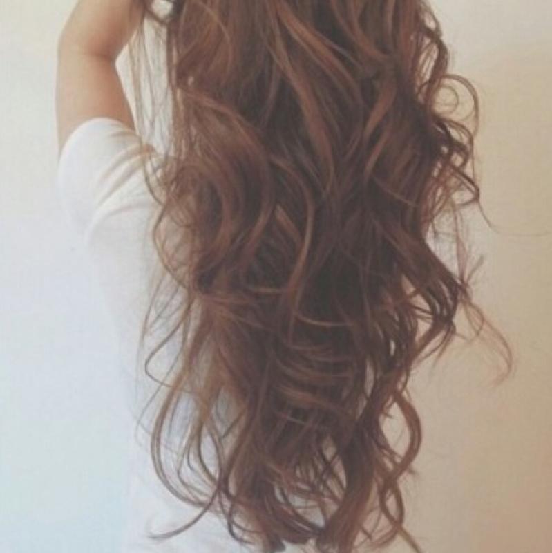 Haare Auf Gleicher Lange Oder Stufen Style Friseur Locken