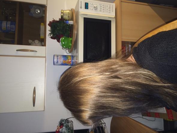 aktuelle Haarfarbe  - (Haare, Haarfarbe, blond)