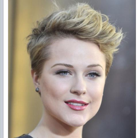 Haare blond färben mit 49? (weiblich, Barbie, kurze haare)