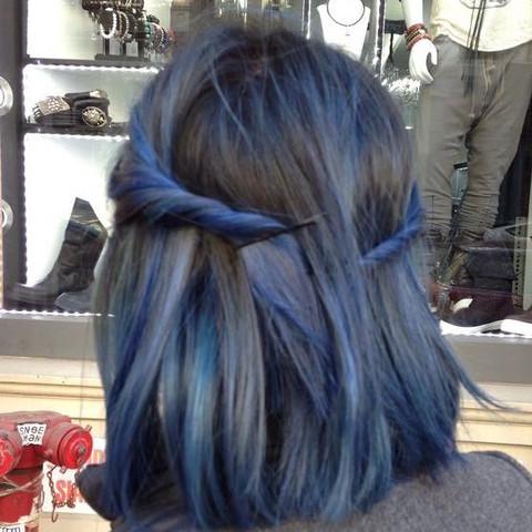 Braune Haare Blaue Directions Haarschnitte Beliebt In Europa