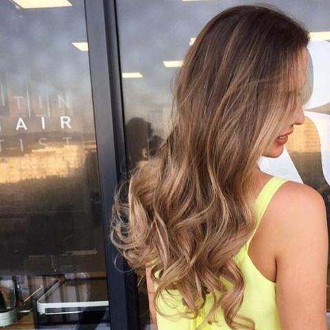 Haare schneiden und farben preis