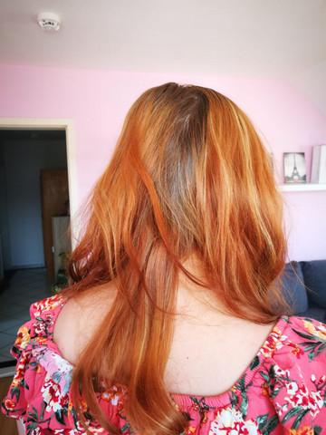 - (Haare, haarefärben, Haarfarbenentferner)