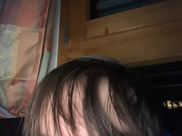 Haare feiner bekommen?
