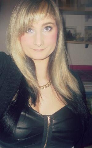 Haare Komplett Blond Färben Hab Jetz Oben Viele Blonde Strähnen