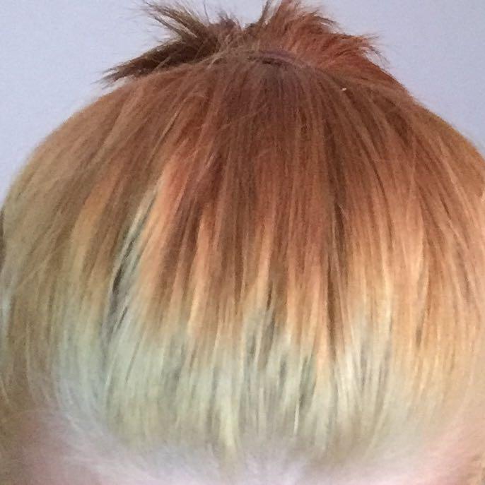 Haare nach dem Aufhellen immer noch zu dunkel. Hilft