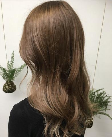 Haare helles schokobraun