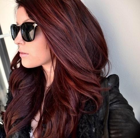 Haare schwarz farben