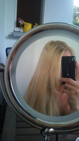 Aktuell - (Haare, Friseur, Haarfarbe)