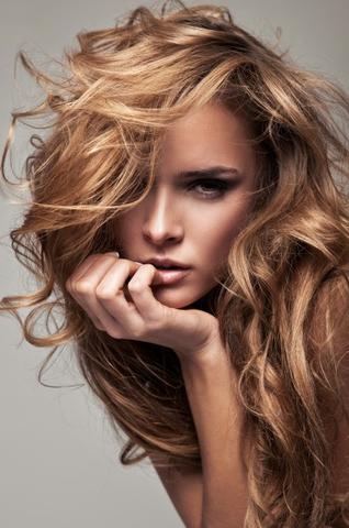 Caramel braun auf blondierte haare