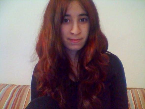 so sieht es aus aber Persönlich sieht es aus wie Strähne  - (Haare, Beauty, Haarfarbe)