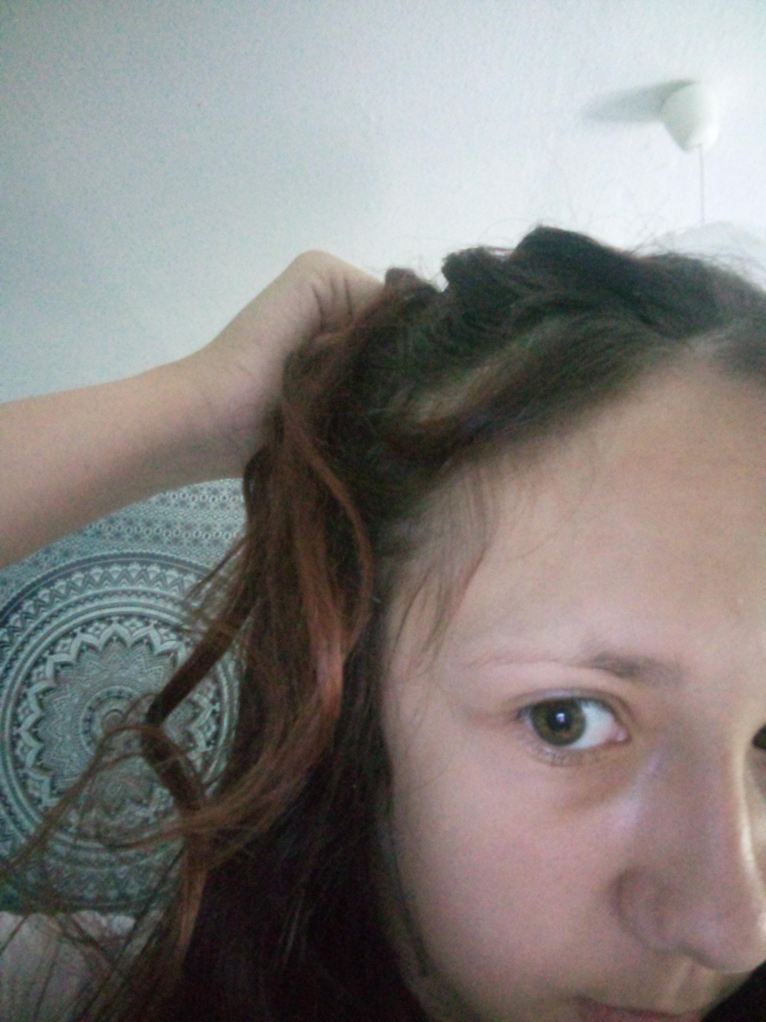 Haare wie soll ich mein zopf machen hab fussball? (Frisur)