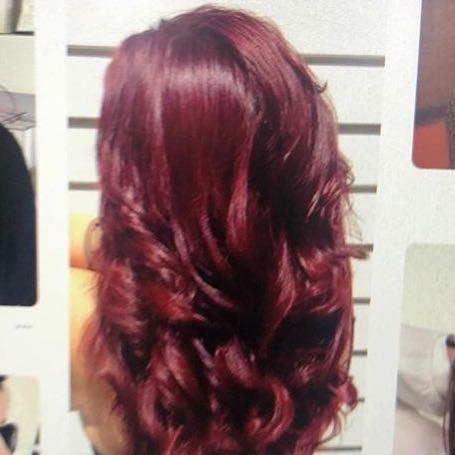 Das wäre mir persönlich auch ein wenig zu hell denke ich , also auch zu knallig  - (Beauty, Haarfarbe, haarefärben)