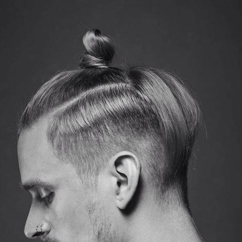 Haarlange Fur Einen Top Knot Haare Manner Frisur