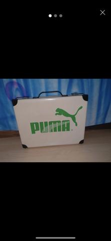 Hab diesen Koffer aus den 80ern von Puma limitiert . Ist der was wert? Auf eBay nicht zu finden?