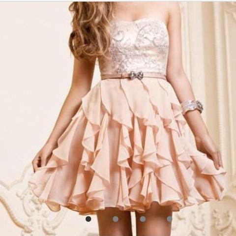 Das ist das schöne kleid was sie will - (Kleid, Wahrheit, bff)