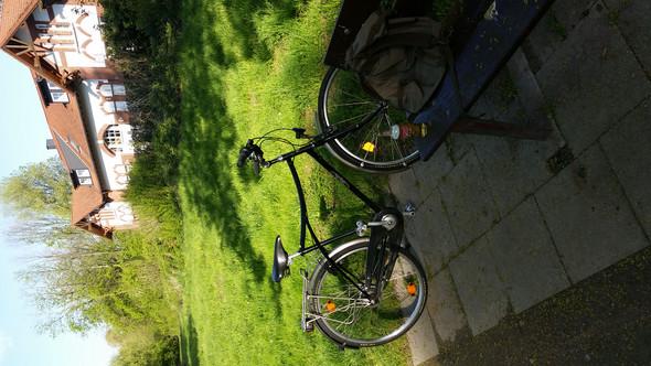 Hab heute ein utopia fahrrad bekommen kann mir jmd was zum modell und baujahr sagn?