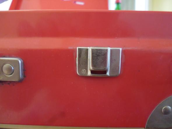 Marke - (Metall, sammeln, Koffer)