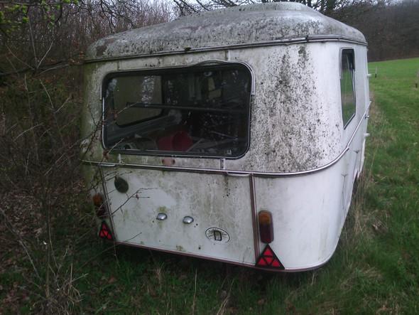 Habe einen alten Wohnwagen gefunden, was kann ich tun?