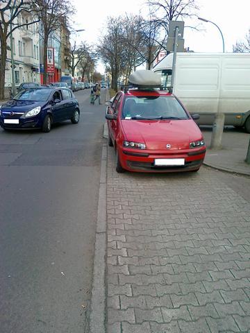 Bild 2  - (Straßenverkehr, parken, Ordnung)