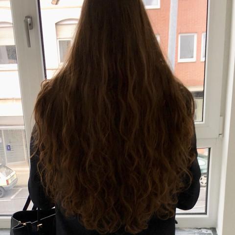 Habt ihr Tipps wie ich meine Haare schneiden lassen könnte? Siehe Bild?