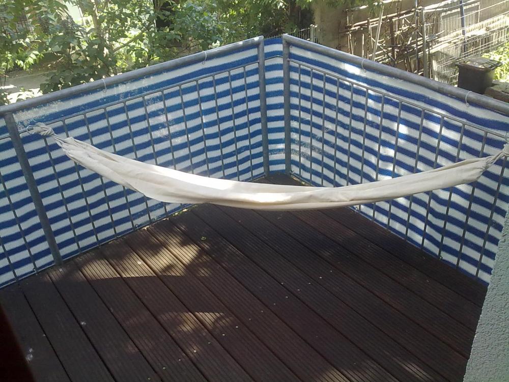 h ngematte an balkon welche haken befestigen. Black Bedroom Furniture Sets. Home Design Ideas