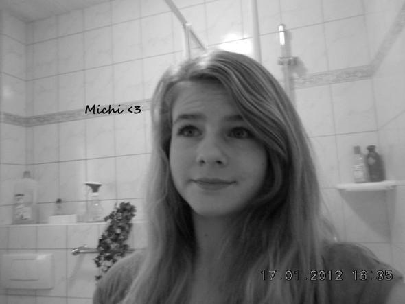 Das bin ich.. Von der Seite hässlich,.. :( - (Aussehen, Nase)