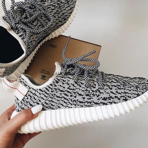 Mit den Schuhen? - (Menschen, Leben, Style)