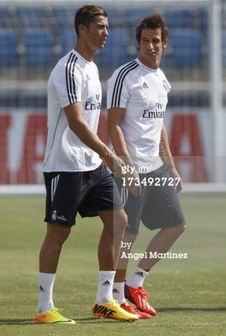 !! - (Beauty, Hairstyle Ronaldo)