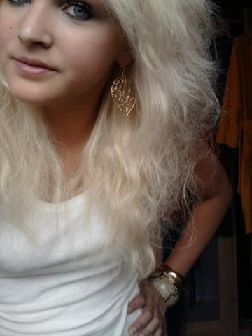 So sehen meine Haare jetzt aus. - (Haare, Blondierung, Dauerwelle)