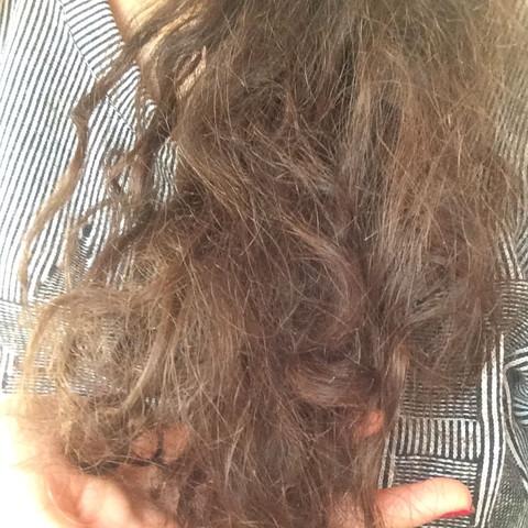 hallo ich habe sehr strohige splissige trockene haare meine haare