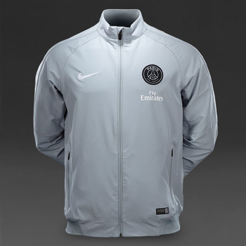 So sieht die Jacke aus - (kaufen, Nike, Paris)