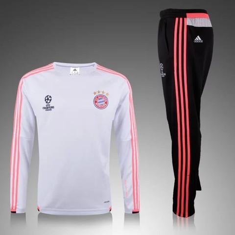 01 - (Fußball, Bayern, Trikot)