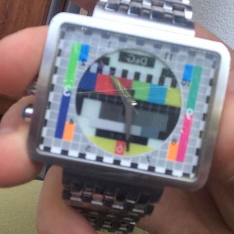 Hilfe ein Verkäufer wollte mir 800 geben meinte diese Uhr existiert nicht mehr - (Uhr, Händler, dg)