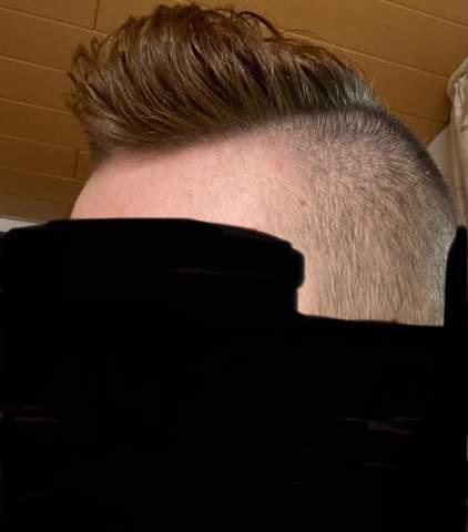 Hallo Leute ich weiß nicht was ich mit meinen Haaren mache. soll?