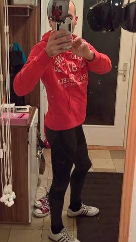 In Sportleggings für die Freizeit, auch für den Alltag draußen - (Leggings, Skinny Jeans, super skinny jeans)