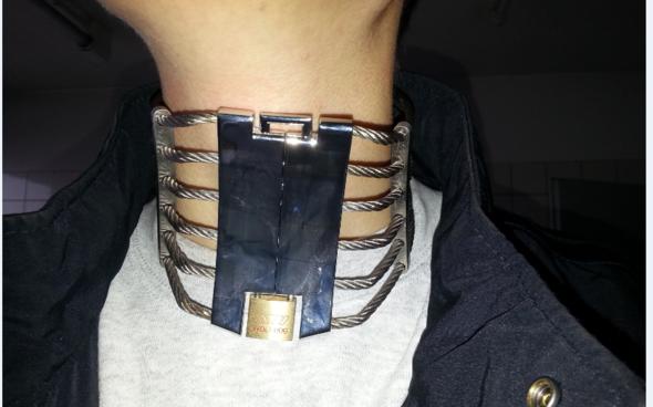Halsband 1 - (Schwester, Schloss, Halsband)