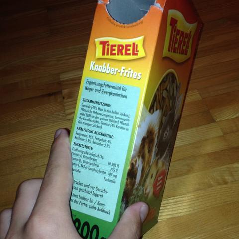 Mit dieser Schachtel da:) - (Hamster, Spielzeug)