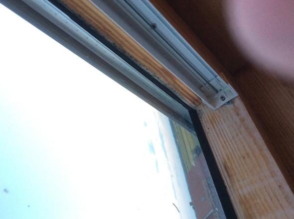 schimmel am holz dachfenster