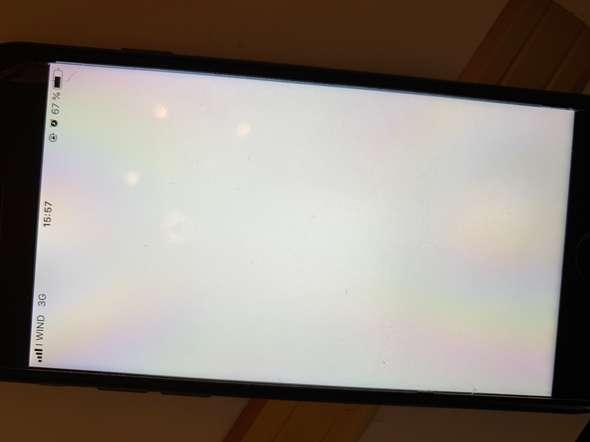 Handybildschirm ist eingefroren was tun?