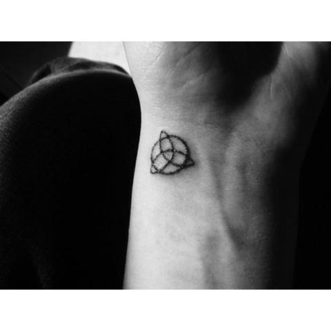 Hat Das Symbol Triquetra Auch Eine Negative Bedeutung Ideen