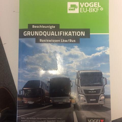 Grundqualifikation  - (Fahrschule, LKW, Fahrerlaubnis)