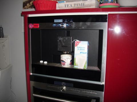 siemens einbau kaffeemaschine cappuccino siemens ct636les1 einbau kaffeemaschine youtube. Black Bedroom Furniture Sets. Home Design Ideas
