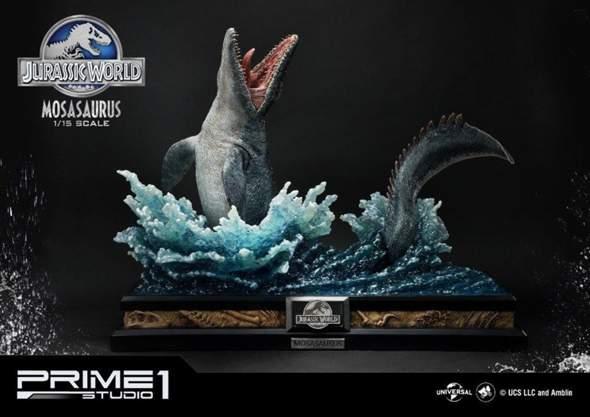 Hat jemand von euch den Jurassic World Mosasaurus Statue?