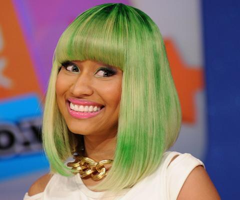 hier sind die kurz und grün - (Haare, nicki-minaj)
