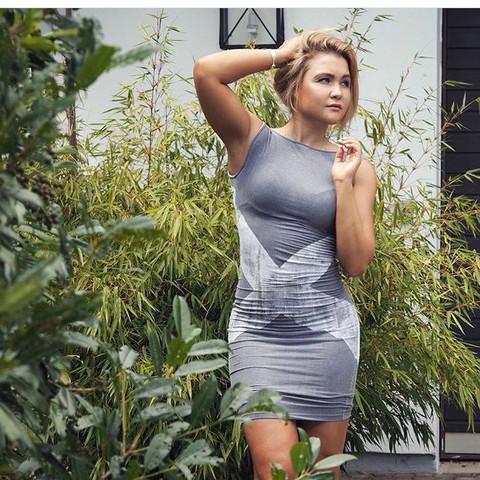 Sophia Thiel  - (Sport, Fitness, Muskeln)