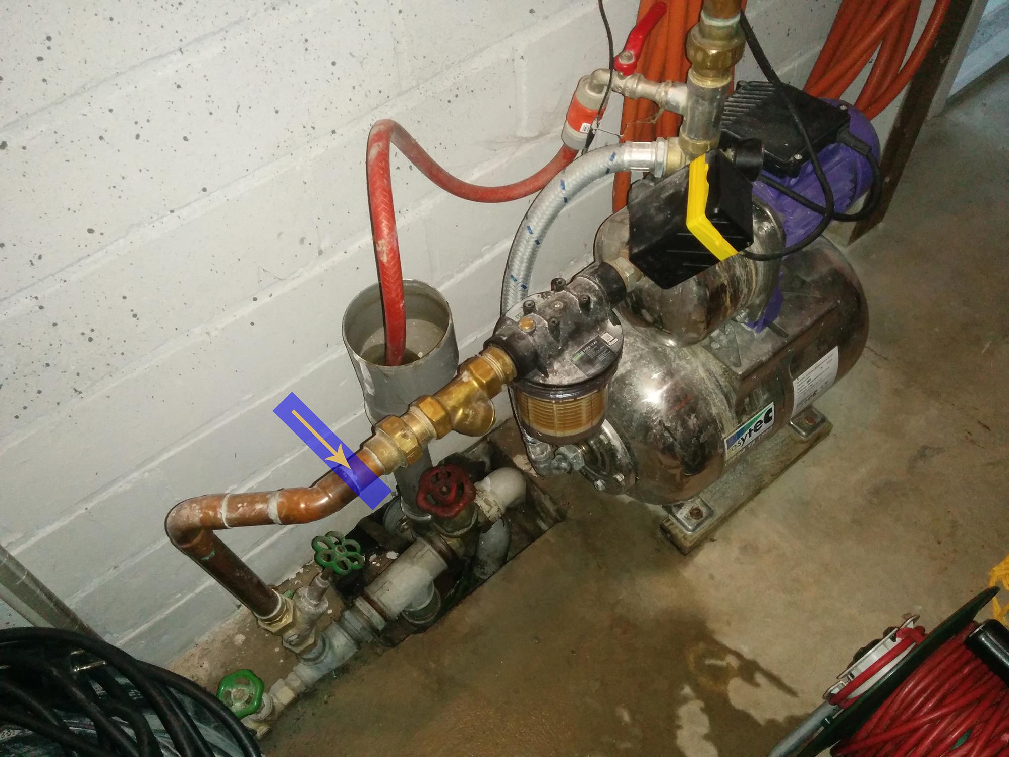 hauswasserautomat baut kein druck auf wasser pumpe. Black Bedroom Furniture Sets. Home Design Ideas