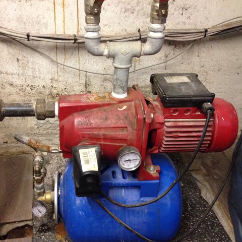 Lieblings Hauswasserwerk verliert (Luft)-druck. Wie kann ich das Problem &IM_61